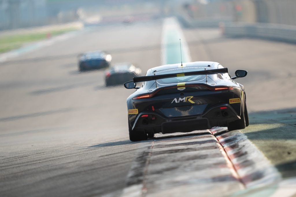 Aston Martin Vantage GT4 on the limit