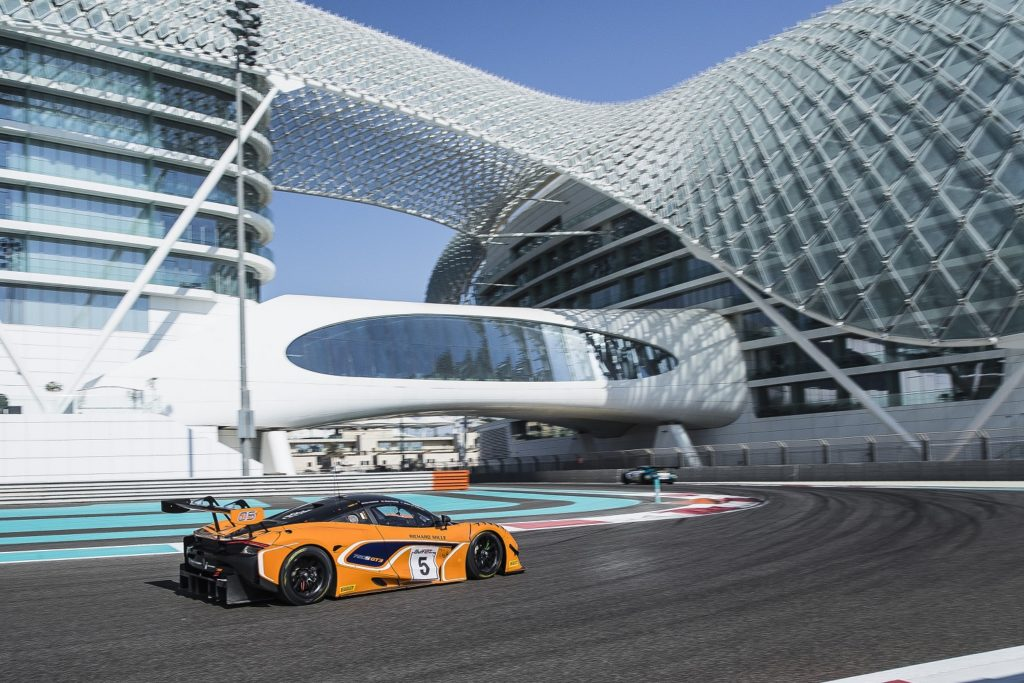 McLaren 720S GT3 Gulf 12 Hours at Stadium