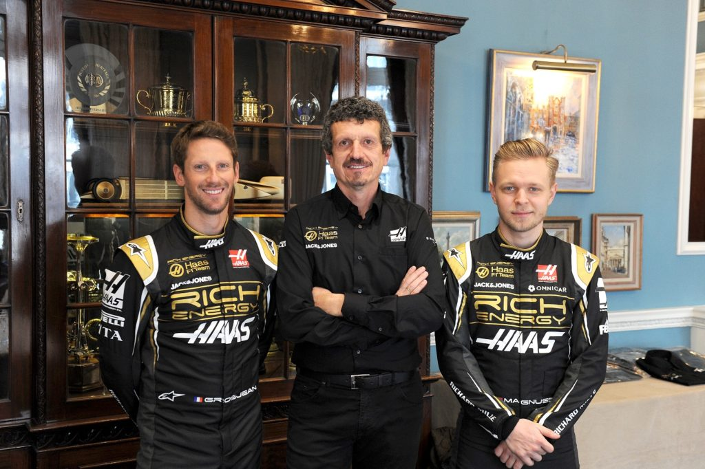Romain Grosjean, Guenther Steiner and Kevin Magnussen