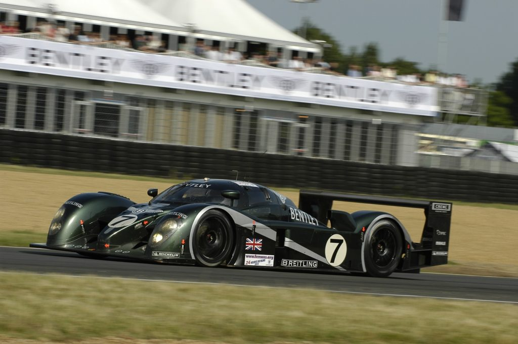 Bentley Speed 8 racing at Le Mans