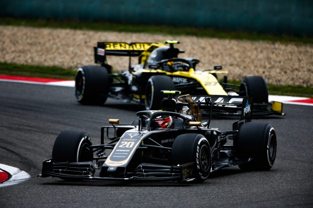 Kevin Magnussen racing at the Chinese GP