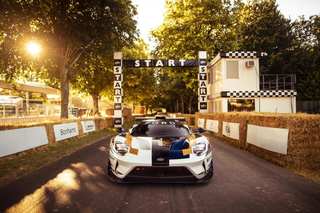 Ford GT at Goodwood Start