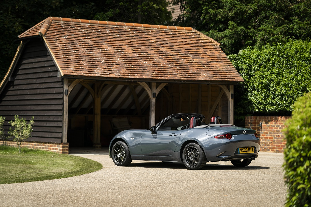 Rear view of the Mazda MX-5 R-Sport Special Edition