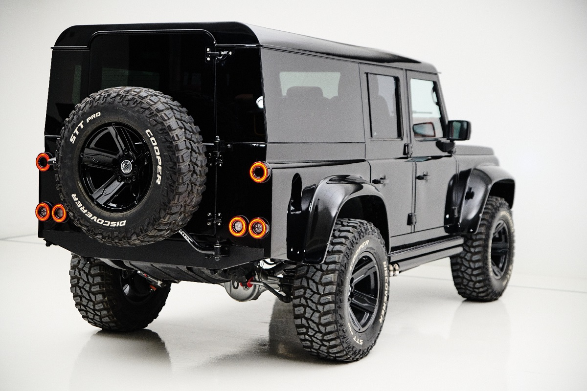Rear of the ARES Design Land Rover Defender Spec. 1.2