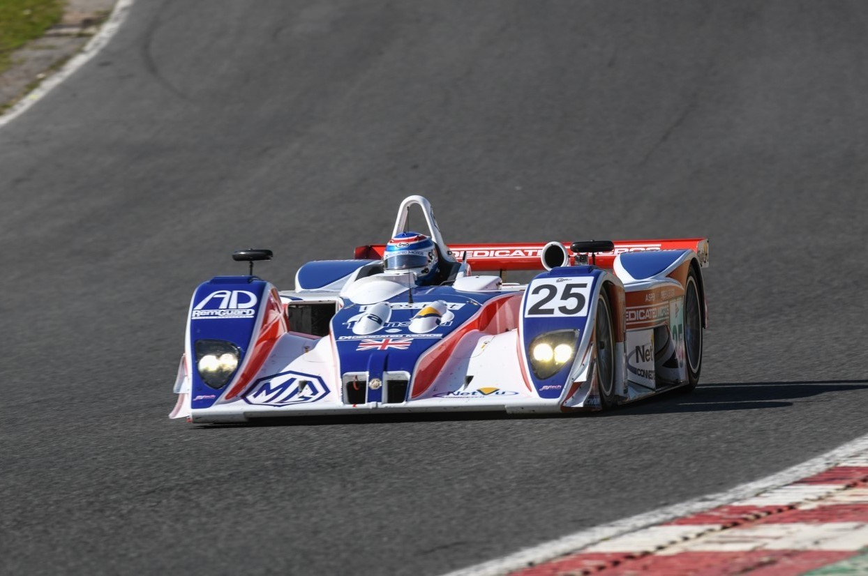 Mike Newton in the MG-Lola EX257